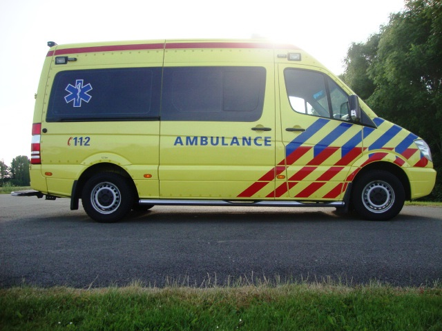 Mercedes Benz CDI 319 Ambulance, used, build 2009
