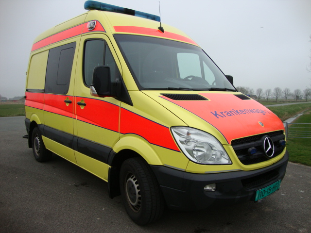 Mercedes Benz 316 CDI Sprinter Ambulance -17020