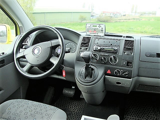VW Transporter TS 17035
