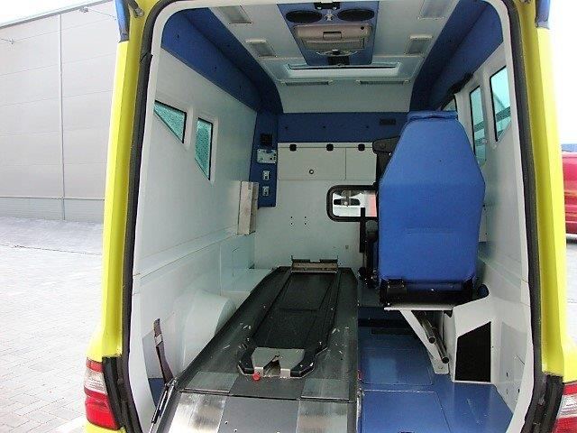 Mercedes Benz E280 CDI Ambulance